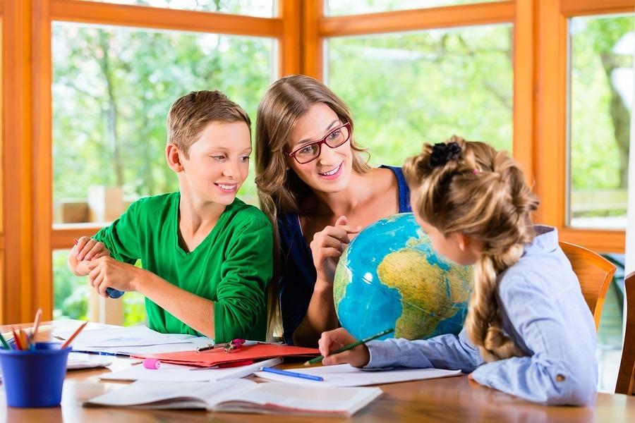การเรียนแบบโฮมสคูล ส่งผลดีและผลเสียอย่างไรบ้าง