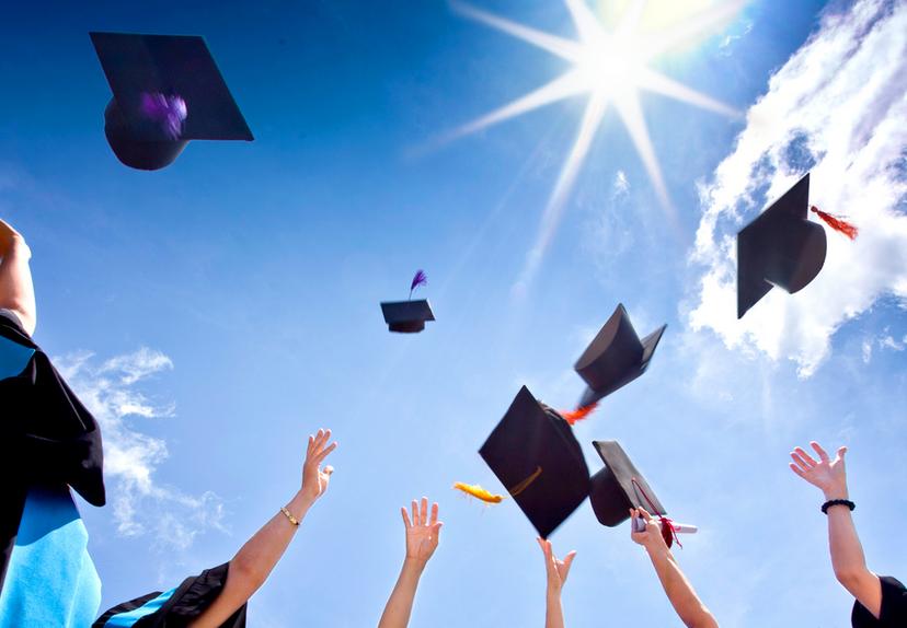 คณะที่เรียนจบแล้วมีงานทำ การศึกษาที่เป็นเทรนด์มาแรงมาก ๆ ในอนาคต