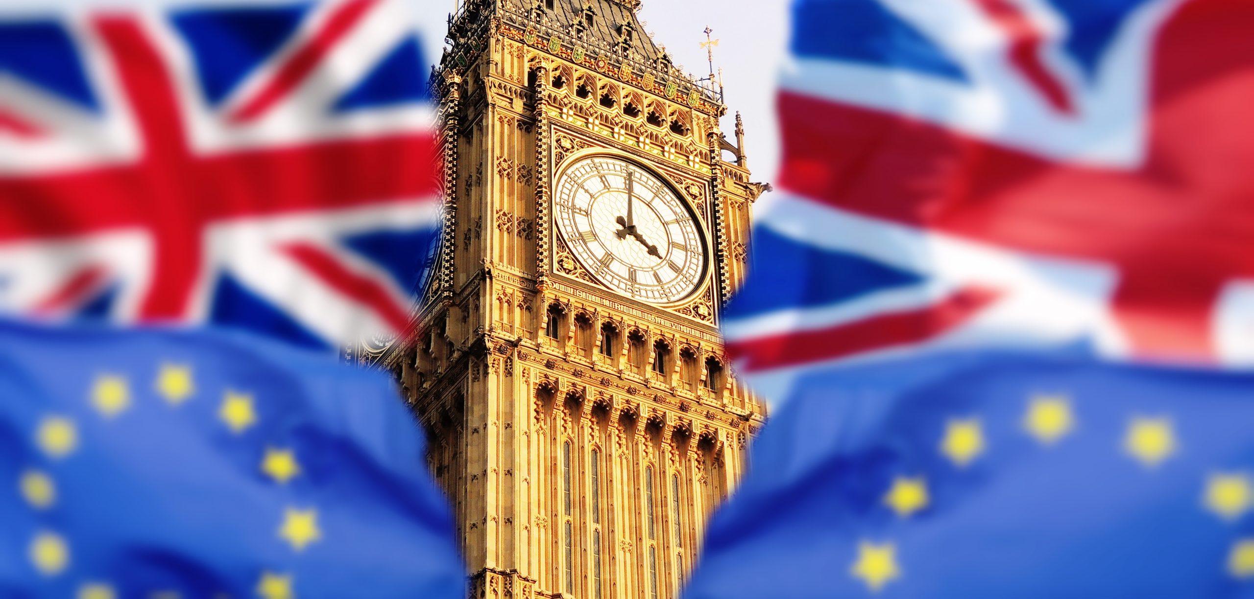 การสอบที่อังกฤษ ในปีหน้า จะล่าช้าออก ไปสามสัปดาห์ เพื่อให้มีเวลาสอนเพิ่ม