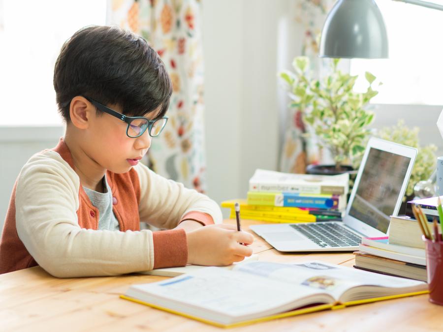 เรียนที่บ้าน ทำยังไง? ให้มีประสิทธิภาพ ไม่ให้เสียการเรียน