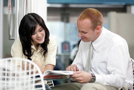 มองหา ติวเตอร์ภาษาอังกฤษ ที่พาเราฝึกใช้ภาษา บ่อยๆ จะได้ผลในการเรียนภาษาอังกฤษ