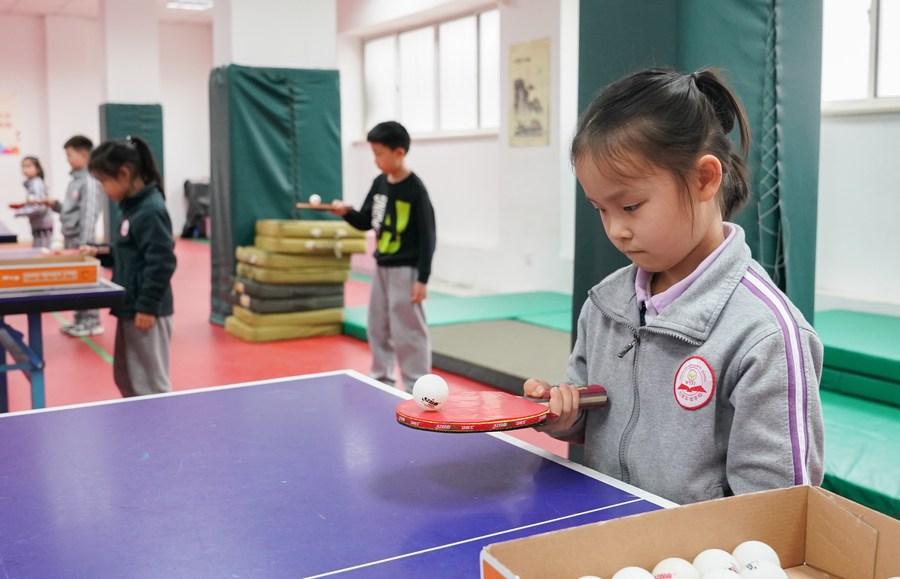 """""""ปิงปอง"""" สุดยอดกีฬา ช่วยพัฒนาสมองเด็กวัยเรียน กระตุ้นให้ความจำดี มีความฉับไว"""