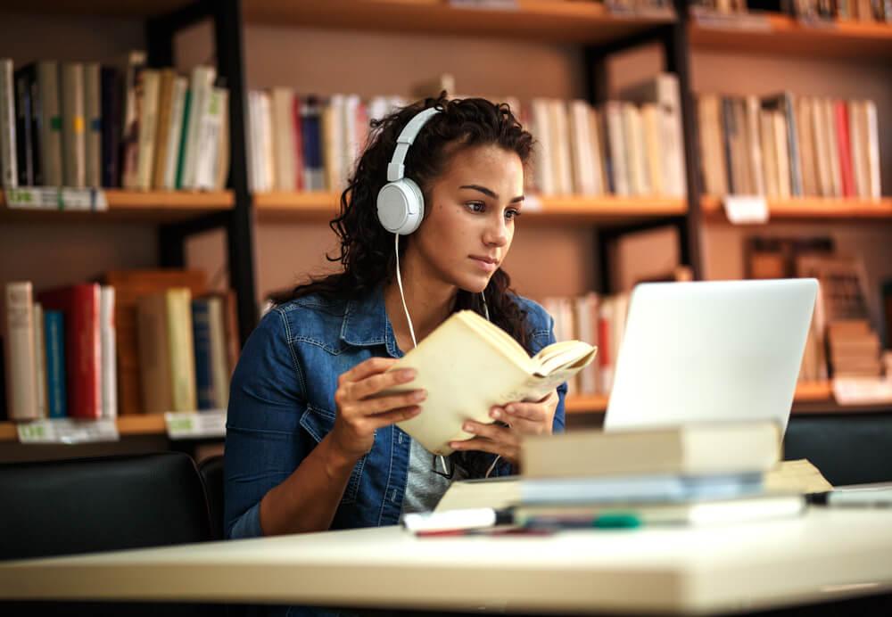 เรียนออนไลน์ ที่บ้านให้เข้าใจ ต้องมีความตั้งใจสูง